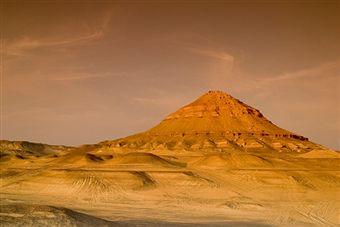 black-desert-sahara-egypt